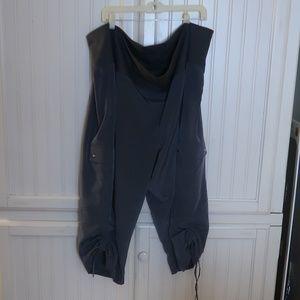 Pants - V Sport Gray Capris Plus Size 26/28